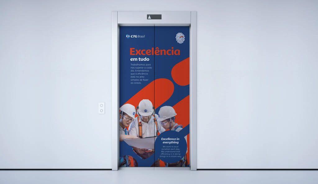 Ambientação no elevador nos escritórios da CTG Brasil